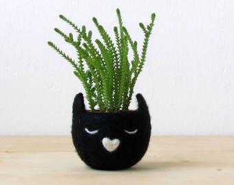 Black Cat lover gift, Cute planter, Succulent Planter,  Birthday gift, Indoor planter, Animal planter, Crazy cat lady,  Modern planter