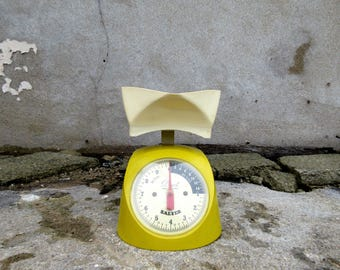 Vintage Mid Century Salter Weighing Scales - Fully Working