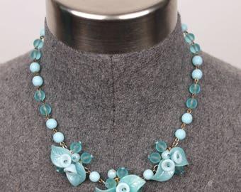 vintage flower choker necklace // glass beads