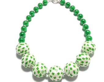 Toddler or Girls St Patricks Day Chunky Necklace - Green and White Chunky Necklace - Shamrock Necklace - Girls Green Clover Necklace