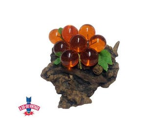 Vintage Lucite Grapes, Amber Grape Cluster on Wood, Vintage Table Centerpiece, Acrylic Grape Vine, Mid Century Modern Fruit, Wine Lover Gift