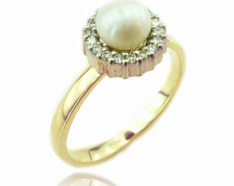 Pearl Engagement Ring, Pearl and Diamond Ring, June Birthstone Ring, Pearl Ring, Bridal Ring, Yellow Gold Pearl Ring, Fast Free Shipping