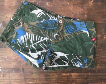 Womens Tommy Hilfiger Leaf Print Denim Shorts