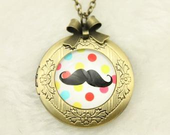 Necklace Locket mustache 2020m