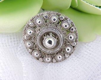 Free Shipping Antique Dutch Zeeland Zeeuwse Knop Knoop Flat Button Silver Brooch Pin