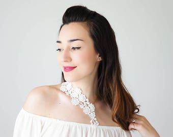30% Bridal Necklace Wedding Necklace White Lace Necklace Statement Necklace Jewelry Bridal Lace Wedding Jewelry Gold Necklace / VARISA