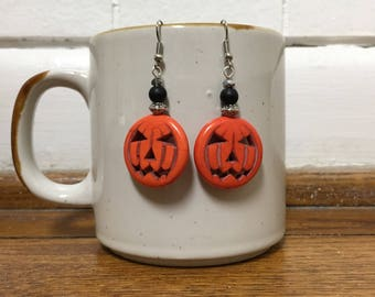 Halloween Themed Pumpkin Beaded Dangle Earringa