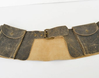 Wide leather belt with pockets
