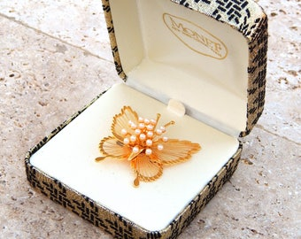Vintage MONET Butterfly Pin Brooch, Gold Pearl Spinnerit Wire Butterfly Pin Monet, Butterfly Brooch, Summer Jewelry