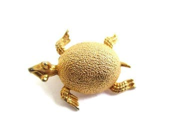 Small Turtle Brooch / Vintage Figural Tortoise Pin/  Goldtone Scatter Pin