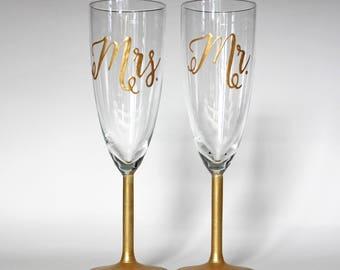 Gold Mr & Mrs Champagne Glass - Hand Painted | Fully Customizable, Wedding, Celebration, Anniversary, Gift, Custom, Keepsake, Engagement