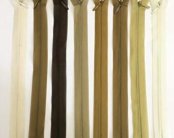 Set of 8 assorted colors - set of 10 20 cm invisible zipper closures