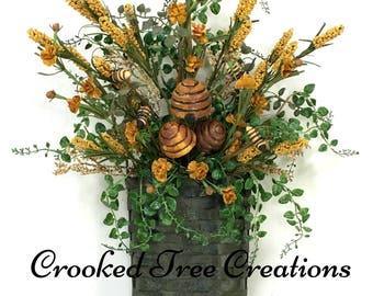 Bee Wall Basket, Bee Wreath, Bee Door Décor, Summer Floral, Summer Wreath, Bees, Bee Hive, Wildflower Basket, Bee Basket, Fall Wreath