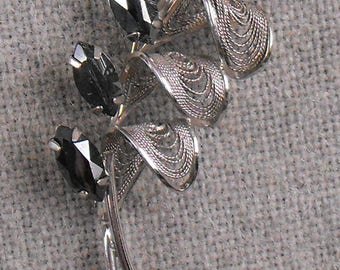 Sterling Silver Filigree and Hematite Flower Brooch