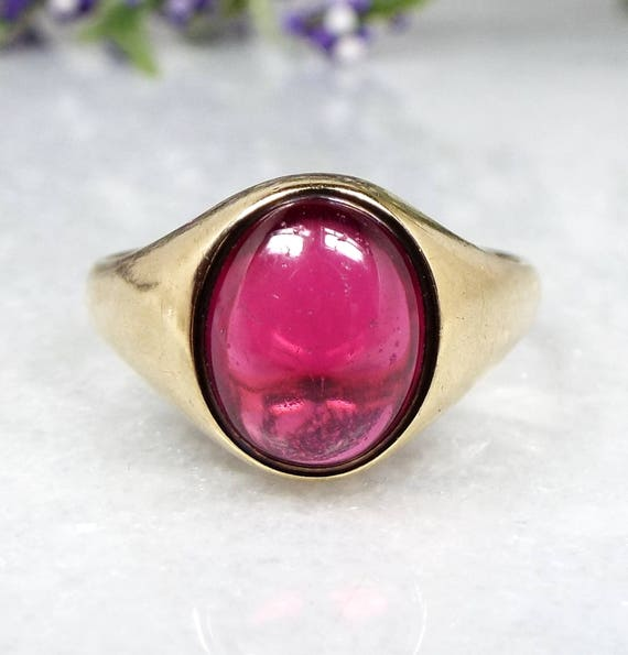 Vintage 1968 9ct Yellow Gold Cabochon Pink Ruby Solitaire Signet Ring / Size P 1/2