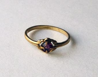Victorian to Edwardian delicate purple paste rhinestone brass stack ring size 5.5