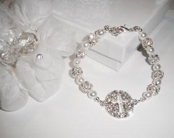 Pearl Crystal Bride Bracelet, Religious Bridal Jewelry, Crystal Cross Wedding Bracelet, Sparkly Bride Jewelry, Bride Jewelry, Bride Bracelet