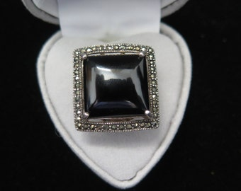 Large Vintage Statement Ring In Sterling Silver With Onyx And Marcasite Size K / US 5 1/4