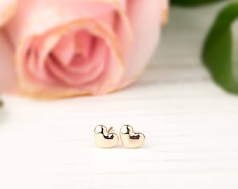 14k gold, rose gold, white gold, Tiny Heart Studs Earrings, dainty heart earrings, 14k solid gold studs, Petite heart studs, hea-e101