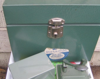 """MCM Green Office! Porta-File, 3""""x5"""" Card File, and Acco Two-Hole Punch  - Man Cave Decor"""