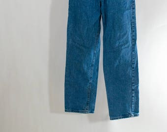 1990s Faded Blue Lee Jeans, Mom Jeans, Light Blue Denim, High Waist Jeans, Worn In Jeans, Grunge Jeans