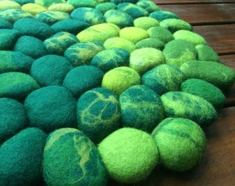 Felt Stone Rug Wool Round Moss