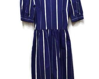 Lanz Originals 1960's Criss Cross Back Dress - Short Sleeve Boat Neck Cotton Summer Dress with Pockets