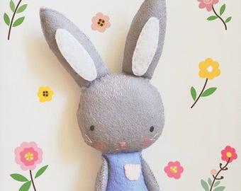 Bunny Felt Plush // Handmade //Solipandi