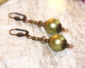 Pearl Earrings and light ...