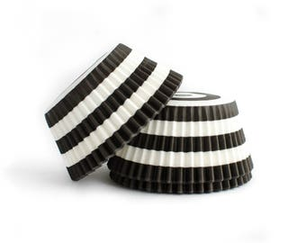 Black Striped Cupcake Liners // Black Baking Cups (Qty 50)