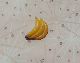 Bakelite Style Banana Pin,Vintage Style Fruit Jewelry,Mid Century Modern,Novelty Brooch,Tropical Jewelry,Bakelite Fakelite,Rockabilly Pin