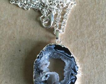 Agate Slice Druzy Pendant Necklace, Black Druzy Gemstone Necklace