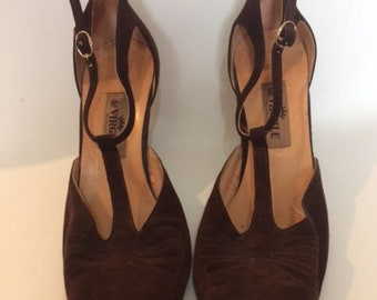 Vintage sandals shoes 50s chocolate brown suede T bar shoes by de Virgille made in the Italy size uk 6.5 eu 39.5 US 8.5