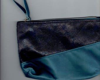 makeup bag navy and blue 1990