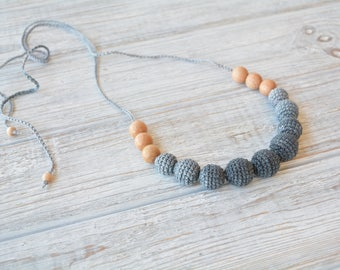 Black crochet teething necklace with juniper aroma beads - Natural teething necklace for breastfeeding & babywearing moms - Crochet beads