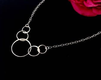 Minimalist Sterling Silver Interlocking Circles Necklace