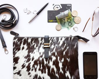 Maxi Pouch - Cowhide - Speckled Black & White