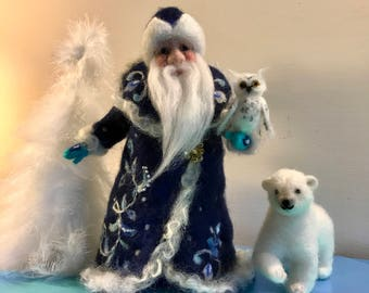 Needle felted Santa Claus, Waldorf, Standing doll, Soft sculpture, Topper, Santa Claus with owl and bear, White bear, Christmas doll, Gift