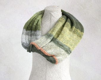 Chunky knit shoulder wrap / Mohair wedding cape / Christmas knit gift / Convertible infinity cowl / Wool neck warmer - Green Tea