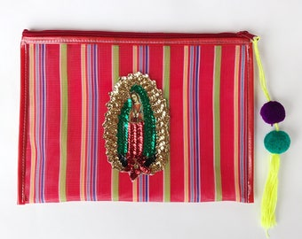 Virgin of Guadalupe bag, Mexican  bag, Mexican mercado bag, Mexican mesh bag, Mexican clutch, Mexican handbag, Pom pom clutch, Zip clutch