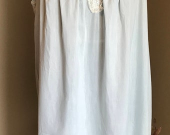 Blue Barbizon Sleeveless Nightgown with Lace and Flower Embroidery