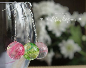 Delicate ball resin earrings - Chain earrings - Spring earrings - Floral earrings - Rose/Pink/Green earrings - Earrings handmade