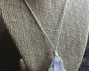 Amethyst macrame necklace