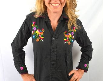 Vintage 80s Embroidered Flower Frida Flower Tunic Top - Made in Ecuador