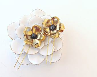 Gold Bridal Flower Hair Pins, Gold Flower Hair Pins, Brass Flowers, Wedding Hair Pins, Freshwater Pearl Hair Pins, Gold Hair Pins SHADOW