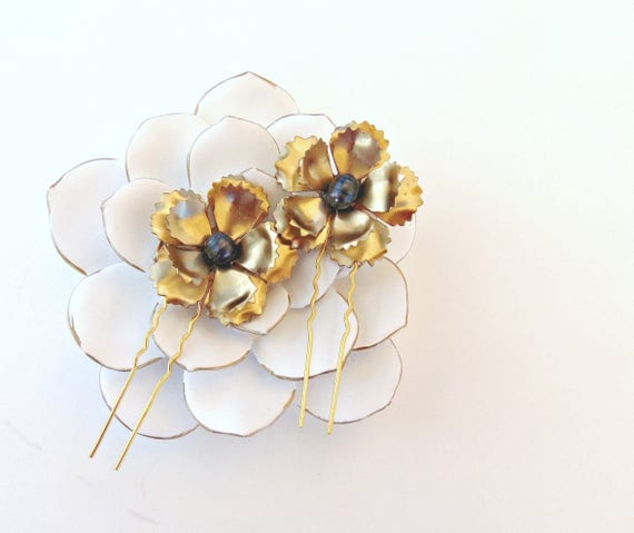 Gold Bridal Flower Hair Pins, Gold Flower Hair Pins, Brass Flowers, Wedding Hair Pins, Freshwater Pearl Hair Pins, Gold Hair Pins SHADOW
