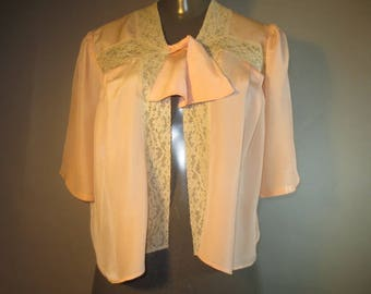 Vintage 1940's Bed Jacket, Rayon and Lace, Front Tie, Lace Trim, Front Pleats, Short Sleeves...medium/lrge