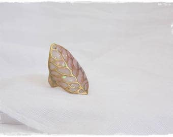 Leaf Brass Ring, Large Brass Ring, Statement Ring, Vintage Leaf Ring, Large Leaf Ring, Statement Brass Ring, Iridescent Polymer Clay Ring