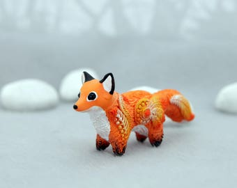 Red Fox Figurine Sculpture, Animal Totem, Fox Figure, Totembykarhu