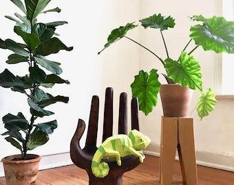 Chameleon Paper Sculpture DIY